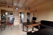 Holzhäuser am Labussee